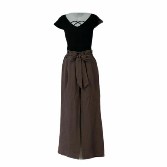 Bebe Top and Linen Pants